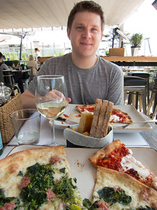 First meal in Italy! The pizza ended up being one of the top three we had on the whole trip. The restaurant was a chain called Obicà, and was located on top of the department store overlooking the Duomo di Milano. Pizzas were 'Nduja di Spilinga ('Nduja Spicy Salami, Stracciatella from Puglia, Organic Tomato, Fresh Basil) and Culatello di Zibello (Premium Aged Ham, Burrata, Rocket, Mozzarella di Bufala Campana DOP).