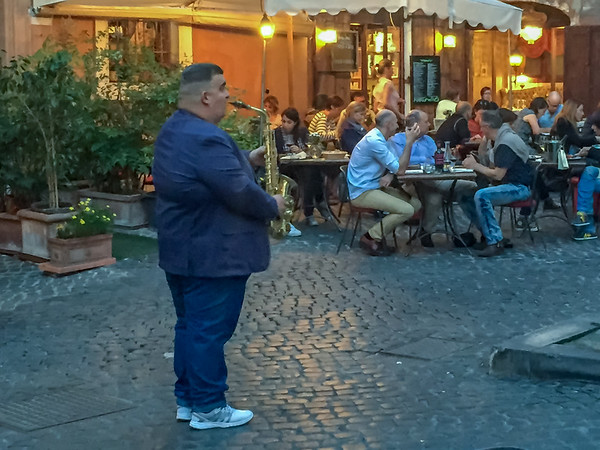 Musicians have their circuits and seem to stay out of each other's way.  We were lucky to have this guy play during our dinner at Campo de Fiori.