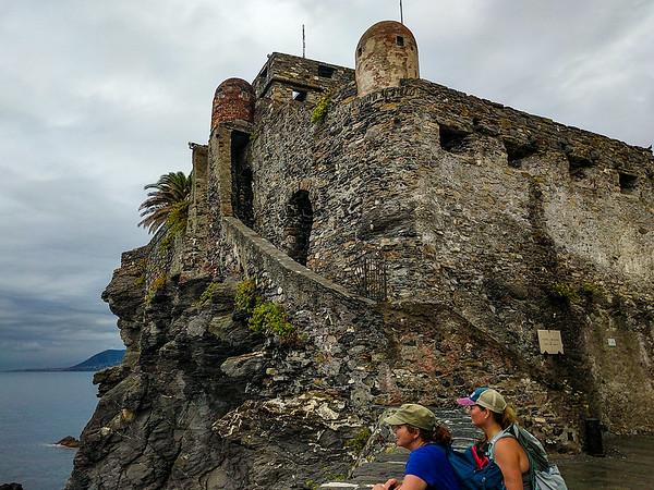 Castle della Dragonara, Camogli