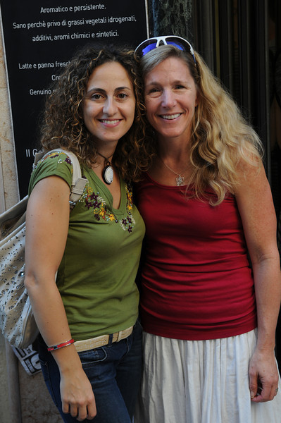 Patty with her cousin Tiziana, whom she had never met, but we had made plans to meet on our last evening.