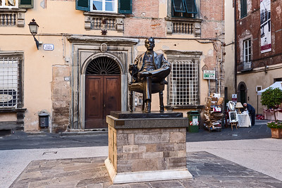 Luca was the birthplace of opera composer Giacomo Puccini