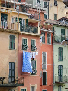 A view of our apartment's veranda - just above the laundry.  Even though we overlooked Via Roma, the entrance was on the backside of the building on Via M. Carattino.  Turn left at the Farmacia* and follow the steps and walkways towards Corniglia.