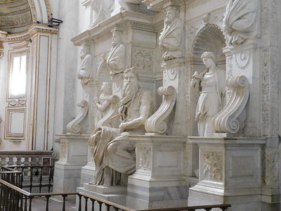 A Michelangelo statue of Moses