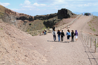 Vesuvius - Path around the summit crater.