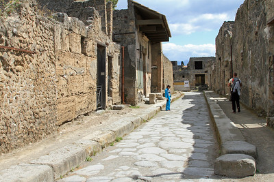 Pompeii - A residential side street off Via Stabiana.