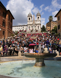 The Fontana della Barcaccia (fountain) at the foot of the Spanish Steps.