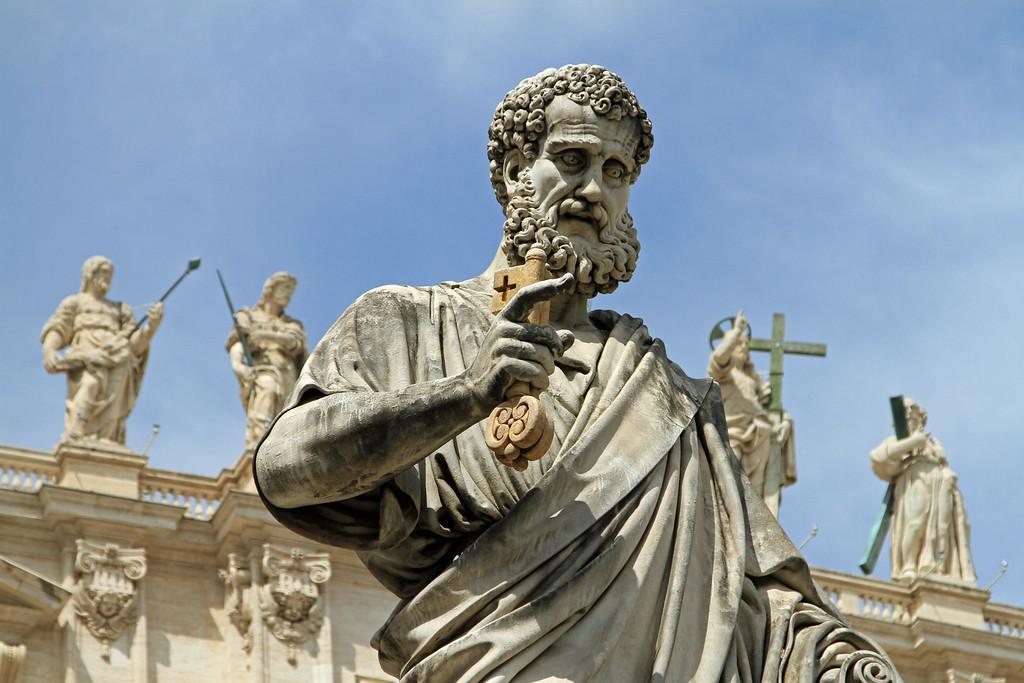 IMAGE: http://www.kiwirallyfan.com/Travel/Italy-Rome-2011/i-9Xns4Fx/0/XL/RomeVA26-XL.jpg