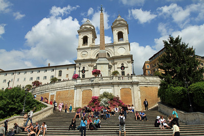 The Spanish Steps and Trinita dei Monti (16th century French church).
