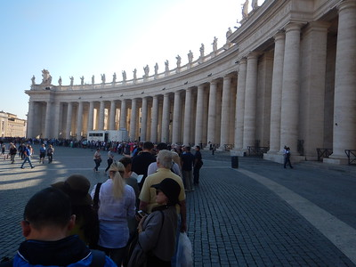 queue for St. Peter's Basilica