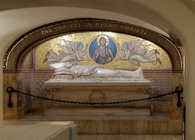 St. Peter's Basilica - crypt