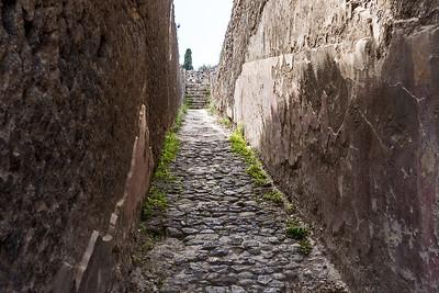 Cobble stone street