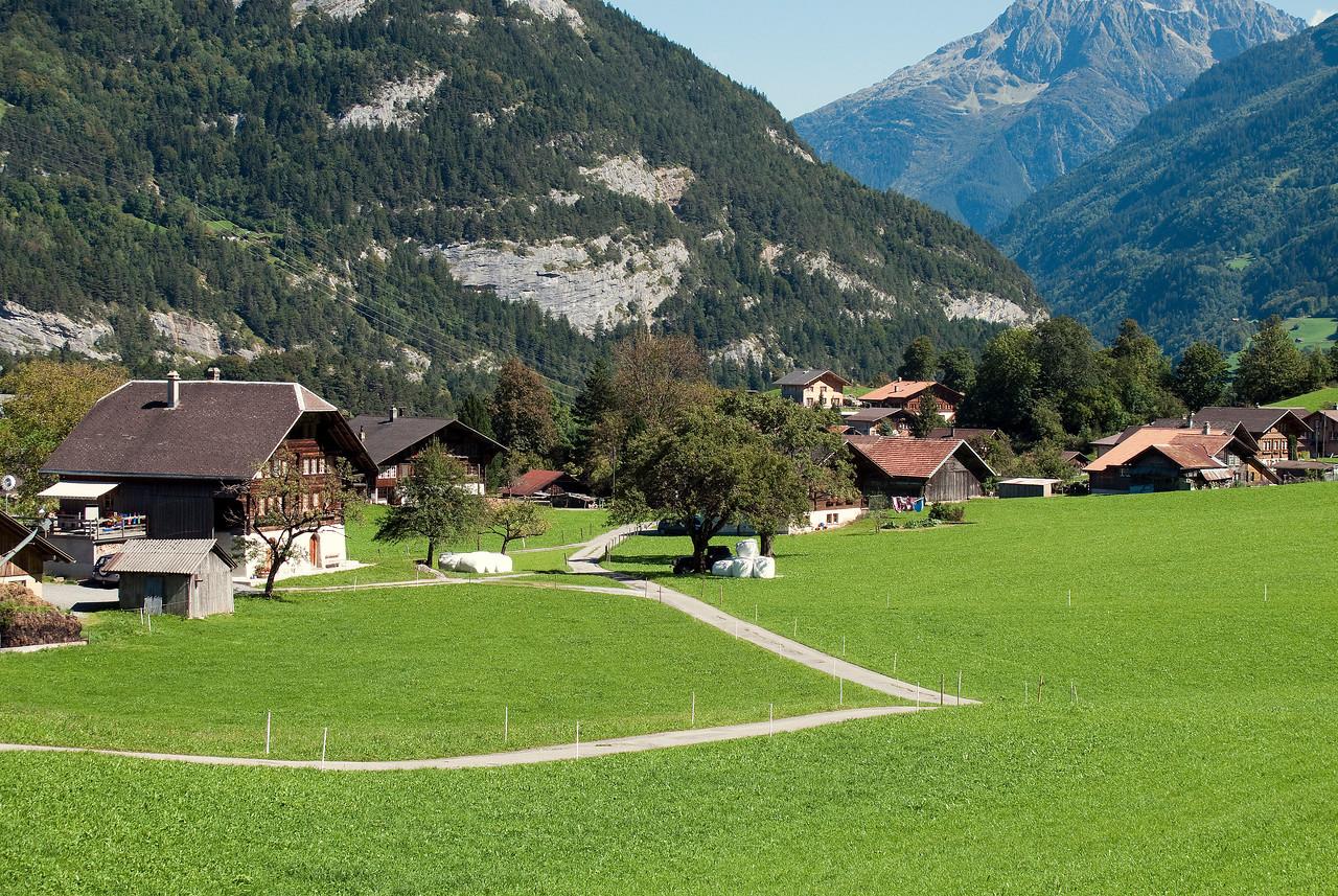 Lower elevations of the climb to Grosse Scheidegg