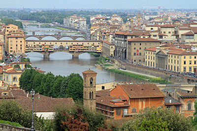 Florence -The river Arno and the Ponte Vecchio.