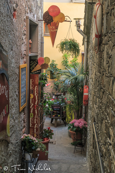 Street scene in Corniglia