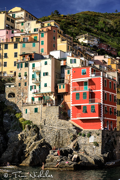 Late afternoon, looking up to Riomaggiore
