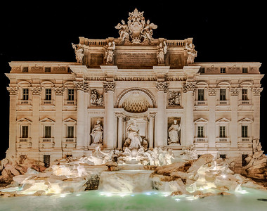 4Rome_Trevi Fountain-1