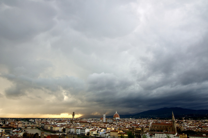 Thunderclouds over Firenze from Michelangelo di Piazza