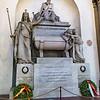 Cenotaph to Dante.