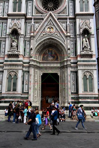 Right side door of the Duomo