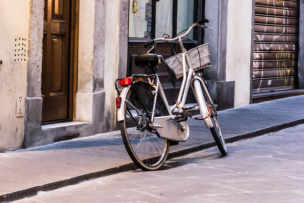 Lonely bike on the streets of Florence