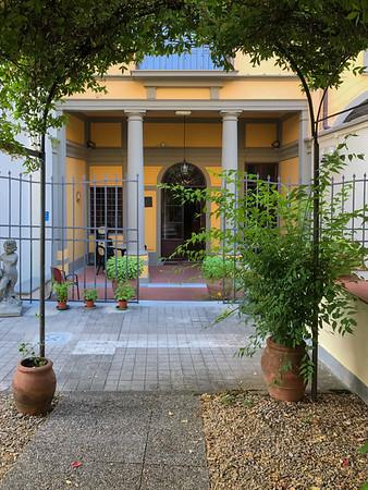 Suore Oblate dell'Assunzione, Florence, Italy