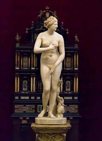 Name: Venus de' Medici or Medici Venus (Aphrodite)