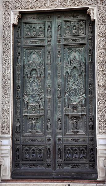 Main portal of the Basilica di Santa Maria del Fiore (Basilica of Saint Mary of the Flower).