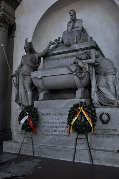 Tomb of Dante Alighieri. Inside the Basilica di Santa Croce.