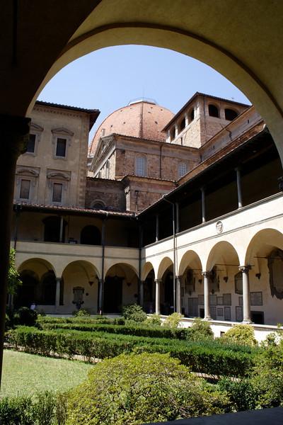 Cloister Garden San Lorenzo Church Florence