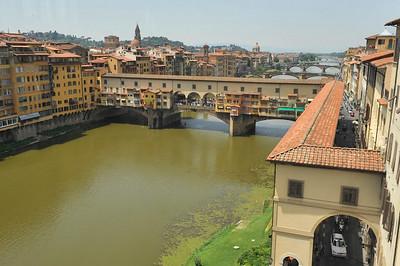 Ponte Veccio [Old Bridge] across the Arno River