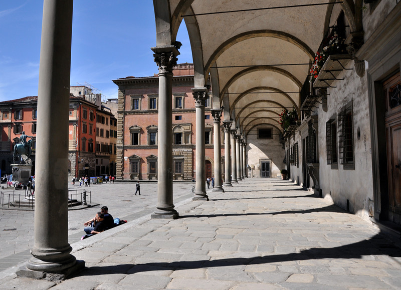 Piazza della Santissima Annunziata.