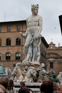 Fountain of Neptune, completed in 1565
