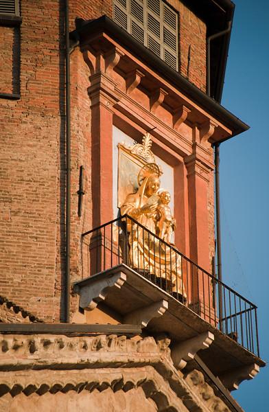 2010  Duomo II: Piazza Prompolini, Reggio Emilia, Italy
