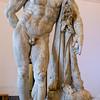 Hercules at rest, Anterior view