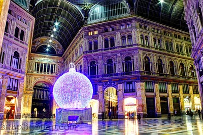 Galleria Umberto at Christmas