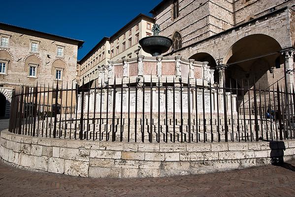 Fontana Maggiore in Piazza IV Novembre