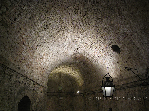 The remians of the Rocca Paolina run underground, similar to catacombs.