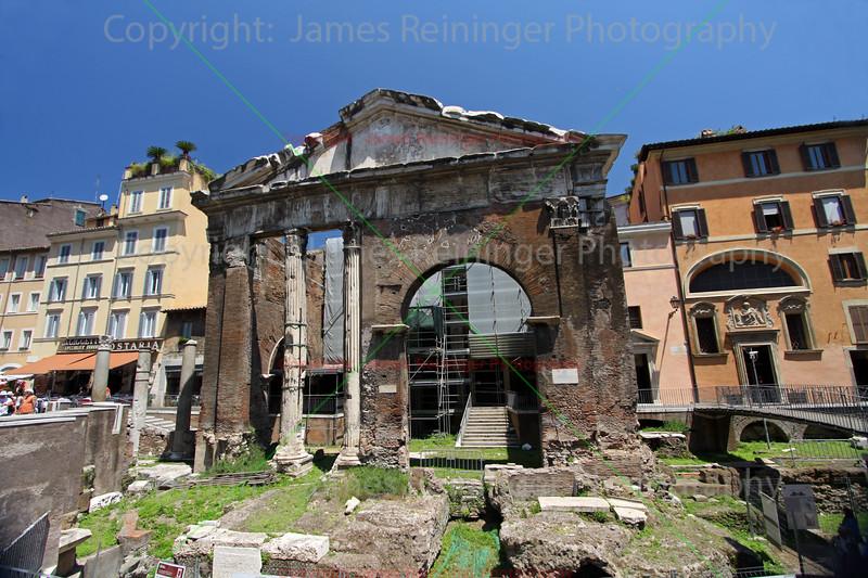 The Porticus Octaviae