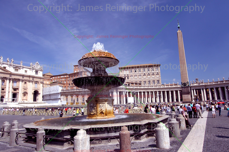Fountain in St. Peter's Square