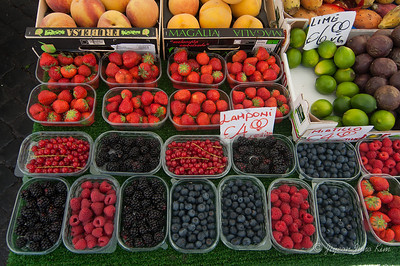 Fruits at Campo dei Fiori