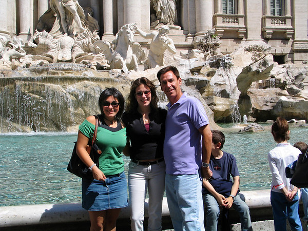 Rich, Jackie and Lys at Trevi Fountain