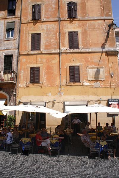 Cafe at the Piazza della Rotonda Rome
