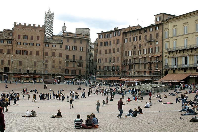 Siena-The Piazza del Campo