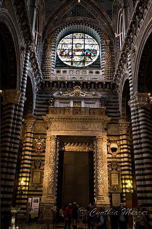 Duomo interior details