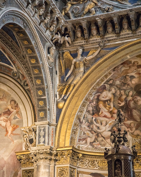 Carved archways and ceilings of the Siena cathedral