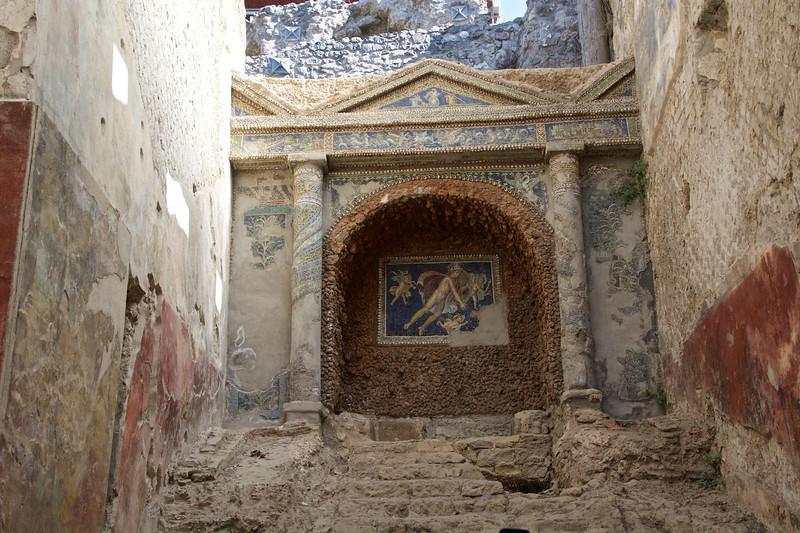 Mosaic of Mars and Three Cherubs, Nymphaeum, Terme Suburbane, Pompeii