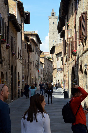 San Gimignano and its towers, and we had a lovely lunch stop here on the way from Cinque Terre over to Spoleto