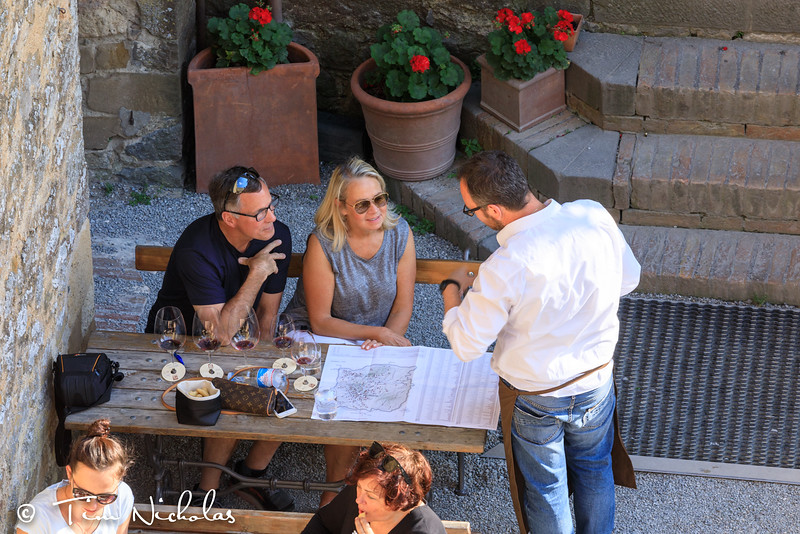 Montalcino: wine tasting in the  castle