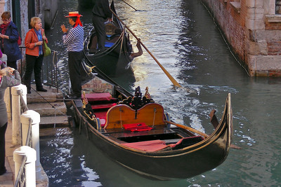 This lady was trying to negotiate a good price for a gondola ride (going rate was about $150 for a standard 30 minute ride)