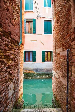Narrow Venice Alley